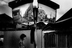 A city 688 (soyokazeojisan) Tags: japan osaka street city people bw blackandwhite walk wall monochrome analog olympus m1 om1 28mm fujifilm neopanss memories 昭和 1970s 1975 film