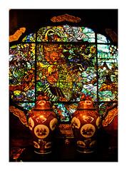 musée d'extrême orient (Marie Hacene) Tags: bruxelles musée extrêmeorient asie couleurs vases vitraux belgique