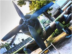 3000-82- AVIÓN CAPTURADO A EEUU -MUSEO  DE LA  GUERRA- SAIGÓN - VIETNAM - (--MARCO POLO--) Tags: armas museos guerra ciudades curiosidades asia aviones