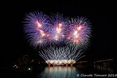 More Firework 03 (Claude Tomaro) Tags: red fireworks firework claudetomaro sony hull gatineau casino night river