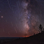 Meteors, Mars, and the Milky Way thumbnail