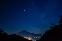 Fuji and the Starry Sky (shinichiro*@OSAKA) Tags: 富士河口湖町 山梨県 日本 jp 20180622ds53519 2018 crazyshin nikond4s distagont2825zf fuji japan lakekawaguchi 御坂 28861233627 candidate