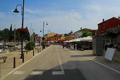 (Babette VM) Tags: croatia croatie kroatie kroatia hvartska hvarska europe trip vacation girls girltrip car roadtrip road love green sea city sky color colours colors building peopl people novigrad