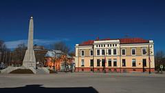 Kieś - plac (jacekbia) Tags: europa łotwa latvia kieś cēsis architecture architektura building budynek ulica outdoor canon 1100d