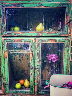 shabby chic with fruits!