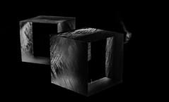 DSCF7097k (bc-schulte) Tags: xt20 fujifilm fujinon 1650mm macro makro mcex11 mcex16 cube würfel closeup blackwhite acryl glas glühen glow