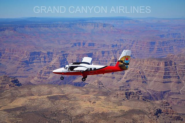 飛行機で行くグランドキャニオン・サウスリム1日観光(国立公園のオプショナルツアー)