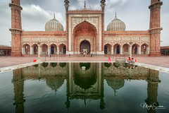 Symmetry (marko.erman) Tags: mughal mosque architecture history religion india minarets towers standstone red marble white courtyard terrace panoramic panorama perspective ciel newdelhi jamamasjid shahjahan pool reflection water sky specularreflection eau bâtiment extérieur outdoors symmetry symétrie mosquée bassin basin mirroreffect effetmiroir building islam culte cult