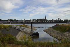 Laag water in rivier de Waal met zicht op Nijmegen 30-07-2018 (marcelwijers) Tags: laag water rivier de waal met zicht op nijmegen 30072018 nederland niederlande netherlands pays bas fluss river gelderland