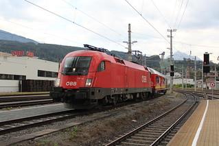 ÖBB 1116 143 + Hilfzug at Innsbruck Hbf 8 augustus 2018