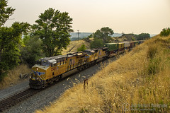 Intermodal East (Josh 223) Tags: unionpacific diesellocomotive uintah utah freighttrain containers stacktrain intermodal container up evanstonsubdivision train railway railroad