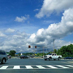 Front Royal, Virginia, USA (pom'.) Tags: panasonicdmctz101 july 2018 frontroyal virginia roadpicture roadtrip junction warren warrencounty sky clouds trafficlights pedestriancrossing road street car 100 usa unitedstatesofamerica 200 northamerica america americanwayoflife