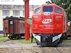 EMD B12 4098 / Curitiba - PR, Brasil. (Luiz H. Bassetti) Tags: trem rumo all emd b12 manobra oficinas curitiba abpf pr 4098 brazil train brasil trenes