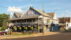 Newberry Hotel (Gerry Dincher) Tags: williamsport lycomingcounty pennsylvania centralpennsylvania newberry newberrystreet archstreet jaysburg newberryhotel hotel sixpackshop bunting