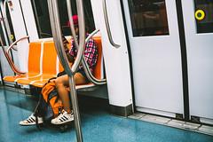 skater nel métro4 (sergiogilleslacavalla) Tags: skate ragazza metropolitana treno roma