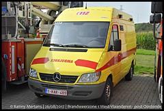 Brandweerzone 1 West-Vlaanderen - post Oostende (gendarmeke) Tags: belgium belgique belgie belgië belge brandweer brandweerzone belgien belg brugge hulpverleningszone hilfeleistungsbezirk 1 westvlaanderen bruges sapeurs sapeur pompiers pompier service serviceincendie incendie regionale régional feuerwehr fire departement department dept post poste ambulance ambulanz ambulances ambulancia ambu ziekenwagen oostende