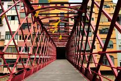 Pont de les Peixateries velles (nlopez42) Tags: pontdelespeixateriesvelles girona gérone españa spain cataluna cataluña bridge colorful canon city red architecture gustaveeiffel