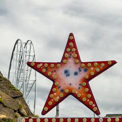 ... ⭐ ... (Lanpernas .) Tags: stella star estrella feria ferias cacharritos noria fiesta fiestas donostia 2018 paseonuevo city verano summer