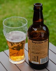 Glass of Freshing Republic IPA (4.2%) Potton Micro Brewery (Potton - Bedfordshire -UK) Olympus OM-D EM1-II & M.Zuiko 12-40mm f2.8 Pro Zoom (1 of 1) (markdbaynham) Tags: beer drink microbrewery pottonbrewery ale cerveza birra craftbeer potton uk glass bottle bottleofbeer olympus olympusomd olympusem1 em1 em1ii em1mk2 csc evil mirrorless microfourthird microfourthirds micro43 mzd zd mz zuikolic mzuiko 1240mm f28 prozoom olympusprolens olympuspro m43 m43rd micro43rd