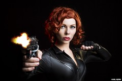 She Always Hits Her Target... (Ring of Fire Hot Sauce 1) Tags: cosplay blackwidow quirkygirlcosplay wondercon portrait