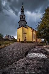 church (fotos_by_toddi) Tags: fotosbytoddi voerde niederrhein hessen kirche church wolken deutschland germany clouds cloudy bewölkt sony sonya7 sky sonyalpha7 alpha a7 alpha7 tamron 1530 tamron1530