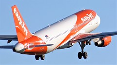 OE-IJV (AnDyMHoLdEn) Tags: easyjet a320 egcc airport manchester manchesterairport 23l