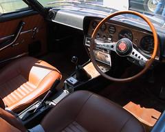 Fiat 124 sport coupe (JoRoSm) Tags: hebden bridge classic vintage car show 2018 cars autos canon eos 500d tamron 1750 f28 brown leather fiat cockpit dash steering wheel wood dials chrome manual 124 sport coupe