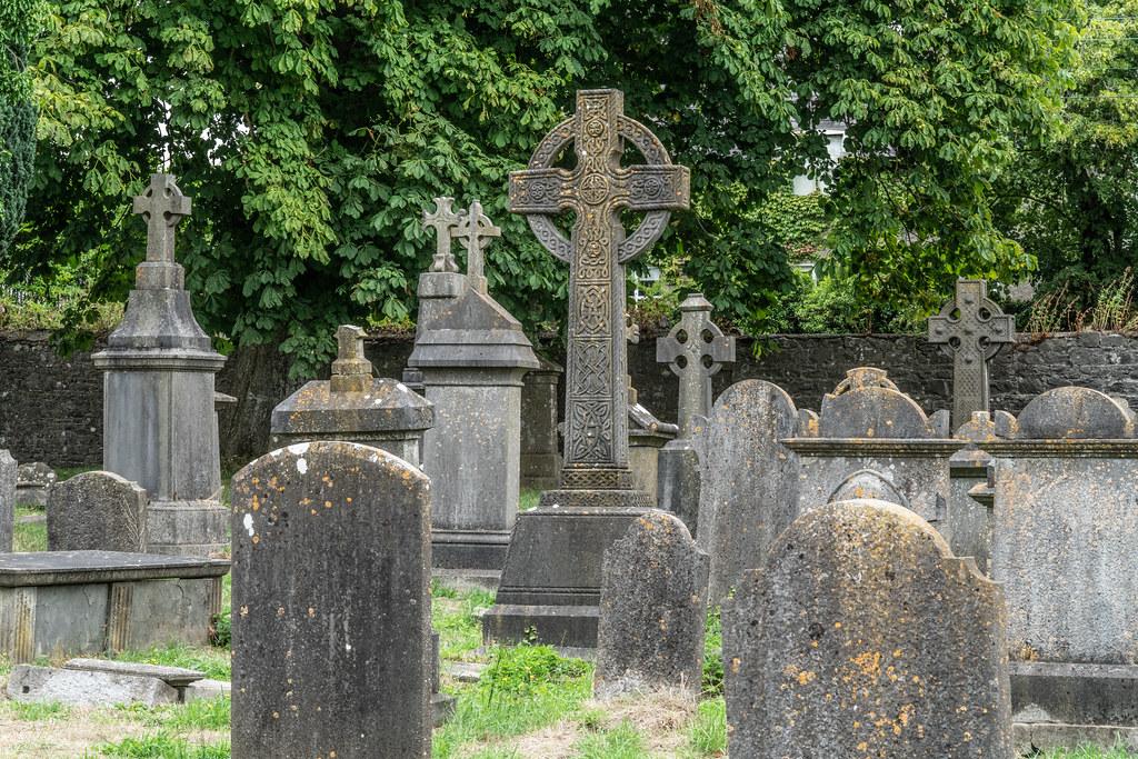 OLD CHURCHYARD KNOWN AS ST. JOHN'S [DUBLIN ROAD KILKENNY]-142939