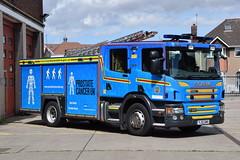 Humberside - YJ13GMX - Hull East - WrT (matthewleggott) Tags: humberside fire rescue service engine appliance yj13gmx hull east southcoates lane water tender wrt charity wrapped postate cancer blue bluey scania emergency one