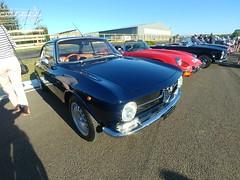 Alfa Romeo Coupé 1971, Classic Car Sunday, Goodwood Breakfast Club (1) (f1jherbert) Tags: lgg6 lgelectronicslgh870 lgelectronics lg g6 lgh870 electronics h870 goodwoodbreakfastclub classic car goodwood breakfast club