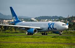 LA compagnie française des bons plans (Maxime C-M ✈) Tags: airplane colors travel world aviation nikon passion airport caribbean martinique island exotic antilles paris beautiful