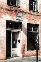 305 Chartres