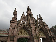 Green-Wood Cemetery Main Front Entrance 7215 (Brechtbug) Tags: greenwood cemetery main front entrance 2018 nyc brooklyn new york city near 25th street r train subway stop 08122018 gates gateway gate used house parrots that escaped from crates docks nearby