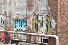GLUE KURE (TheGraffitiHunters) Tags: graffiti graff spray paint street art colorful pa pennsylvania philly philadelphia bando abandoned building glue kure rooftop