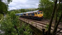 747 (_J @BRX) Tags: 4m37 draxaes liverpoolbiomass gbrf class66 747 66747 eastwood calderdale summer road lane august 2018 yorkshire england uk locomotive freight train railway railroad rail electromotive diesel emd gm gbrailfreight nikon d5100 bridge