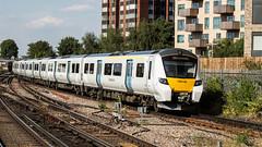 700144 (JOHN BRACE) Tags: 2014 siemens krefeld germany built desiro city class 700 emu 700144 seen east croydon thameslink livery