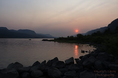 Smoke on the Water (Fire in the Sky) (Gary L. Quay) Tags: daltonpoint columbiagorge dalton point columbia river gorge columbiariver oregon washington water sun sunrise smoke wildfire fire sky gary quay garyquay nikon d810