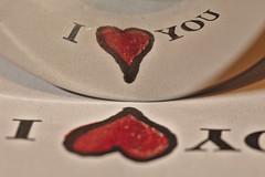 Love & metal x 2 (R.D. Gallardo) Tags: love x 2 reflejo reflections spoon cuchara amor te quiero hearth hearts canon eos 6d eos6d sigma 105mm f28 macro macrofotografia macrofotografía raw