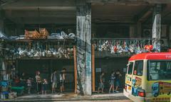 觀塘 (Jan_Wood) Tags: hongkong hk waiting street