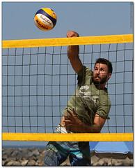Volley Playa - 038 (Jose Juan Gurrutxaga) Tags: file:md5sum=108771484c4f16478c75c0280cdc7e55 file:sha1sig=4826d7d327e107464021399c0e38f79545f06cd9 volley playa beach hondartza boleibol voleibol semana grande zurriola donostia