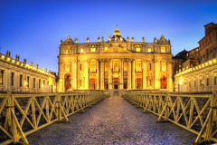 Trip to Rome 2017 Spring 2088, St Peter's Square (emreengin) Tags: hdr romeday5 vatican city stpeterssquare rome christianity