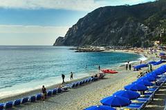 Manarola Cinque Tere! Thinking of beach😃 (saadia_khans) Tags: italian italylove cinquetere sky photographylove peace beaches photooftheday cinquetereitalystreetstreetphotostreetphotographytraveltravelphotographyphotography