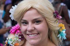 (jwcjr) Tags: 2016dragoncon atlantaga atlantageorgia dragoncon dragoncon2016 pentax people atlanta woman wig costume portrait streetportrait face