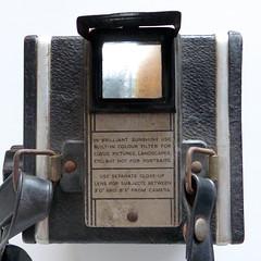 Coronet Twelve-20 (pho-Tony) Tags: photosofcameras coronettwelve20 120 6x6 mediumformat 6cmx6cm pseudotlr coronet birmingham uk 1950 colourfiltermodel 2¼×2¼inch 2¼square