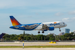 N271NV (amcripps57) Tags: a320 airbus aircraft airlines airport allegiant kfll make n271nv specialcolourscheme