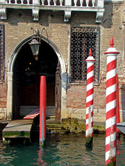 Palazzo Nani (Gijlmar) Tags: itália italy italien italie włochy ита́лия ιταλία europa ευρώπη europe avrupa европа veneza venice venezia venedig venecia вене́ция venise βενετία porta deur dveře tür door puerta porte drzwi дверь