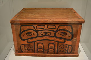 Trenton, NJ - New Jersey State Museum - Galüünx (Bentwood Box), British Columbia, Canada, c 1900