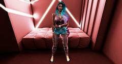 Loving my new shorts! (BellaParx) Tags: akerukacreations backdropcity gacha gamerart maitreya mesh olive secondlifephotography secondlife casadel justice deetalez reign