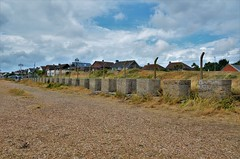 Anti tank blocks, Eastney (stavioni) Tags: anti tank blocks eastney portsmouth defence concrete
