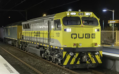 QUBE Logistics loco 1101, with RL303, seen here hauling run 1811 tonight (Paulie's Time Off Photography) Tags: freighttrain locomotive1101 nightphoto qube werringtonnsw 1101 railpage:class=131 railpage:loco=1101 rpaunsw1100class rpaunsw1100class1101 olympus olympusomdem10 paulleader trainspotting train locomotive loco engine diesel railway rail railroad railtransport transport transportation freight nsw newsouthwales australia